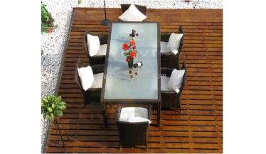 mesa jardín rattán