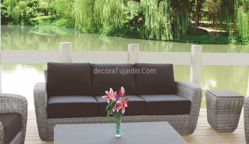 sofá tres plazas jardín
