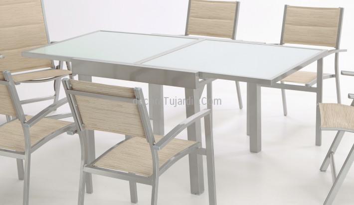 Modelo de mueble de exterior aluminio y textilene for Mesa exterior terraza